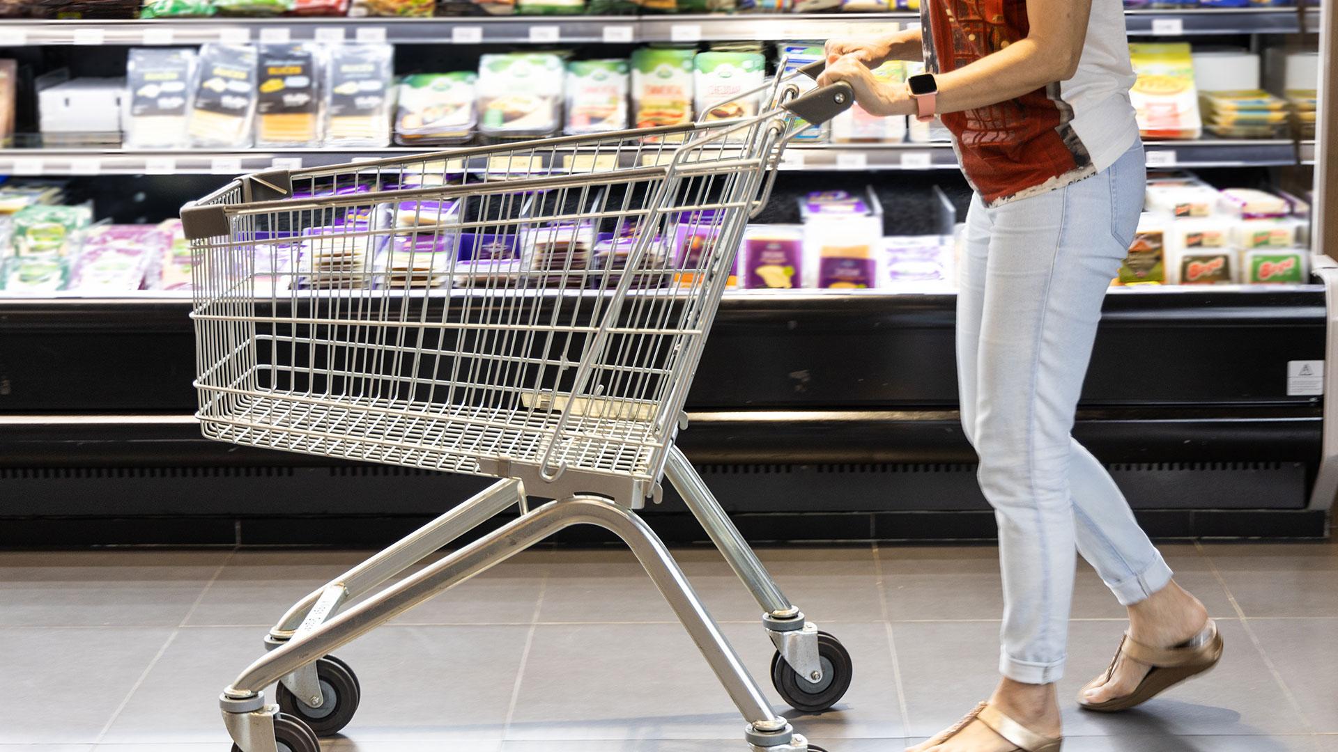 commercial cleaning kelowna penticton vernon kamloops grocery store